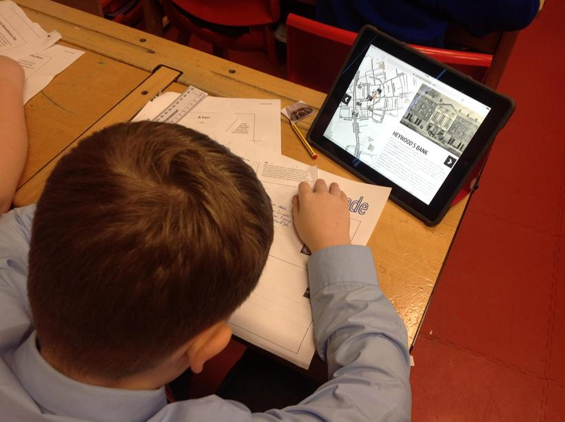 Bringing history to life by using an interactive map