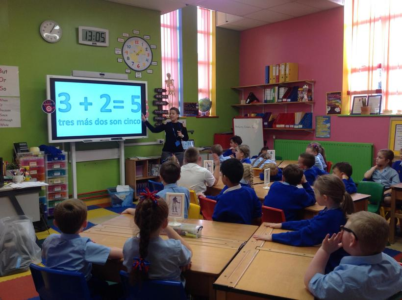 Solving mathematical calculations in Spanish!