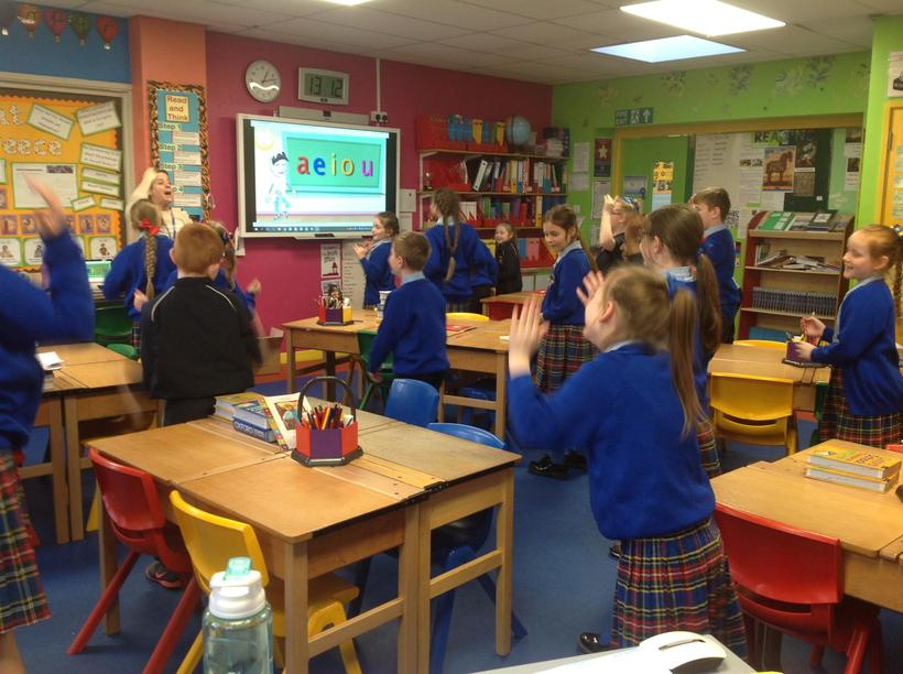 Practising pronunciation of our vowel sounds