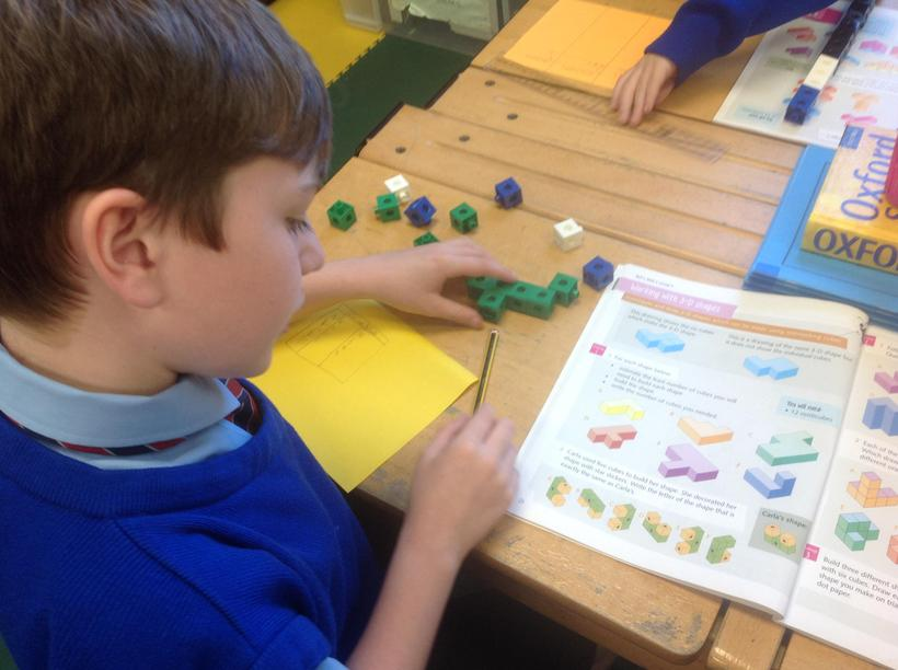 Counting cubes in Spanish