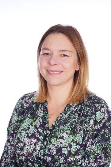 Mrs M Ledzwa Teaching Assistant