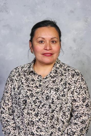 Ms I. Ponce Toala - St. Edmund (3) Teaching Assistant