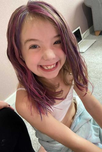 Ezme gets rainbow hair!