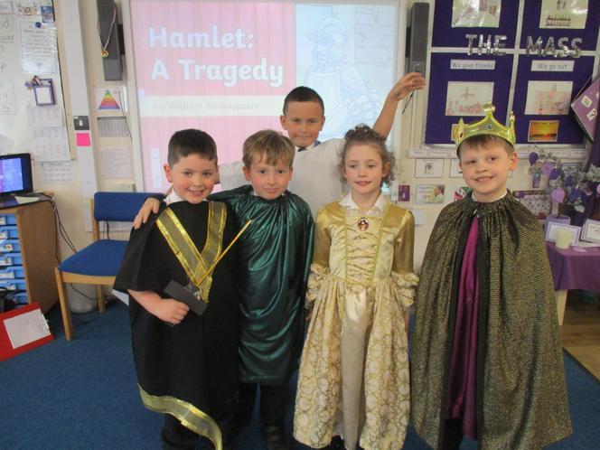 Hamlet, Horatio, The Ghost, Queen & King