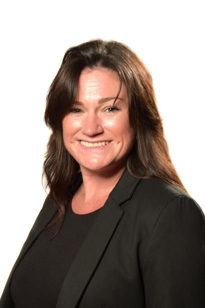 LIndsay McDonnell - Receptionist