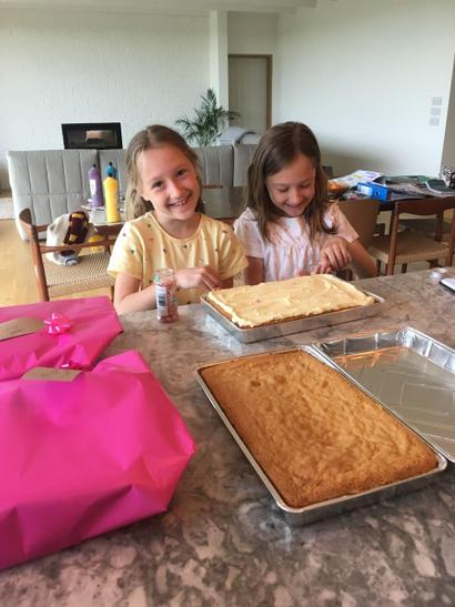 Making cakes for relatives who have had babies