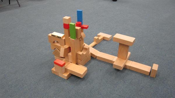 wooden block sculpture 001