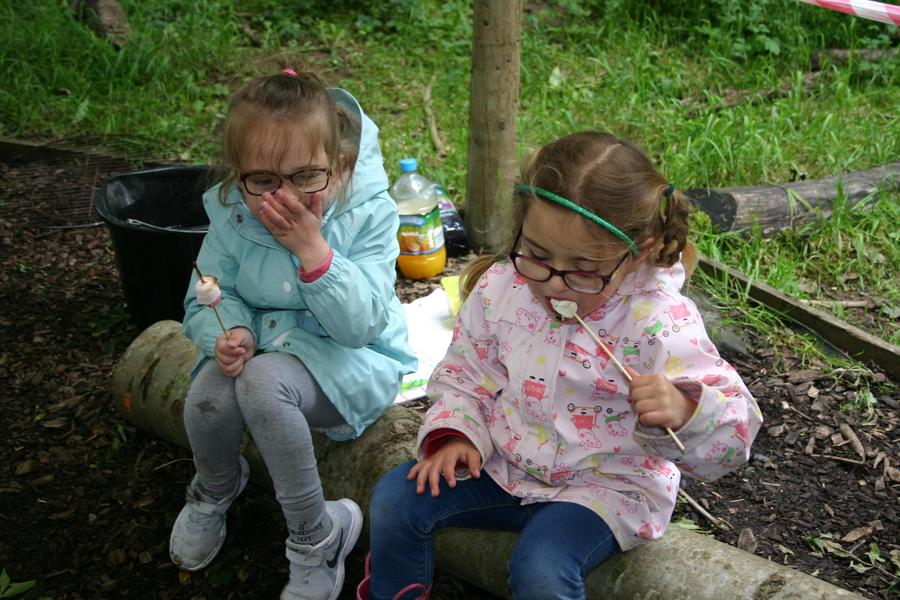 Snack time at Forest Schools ...