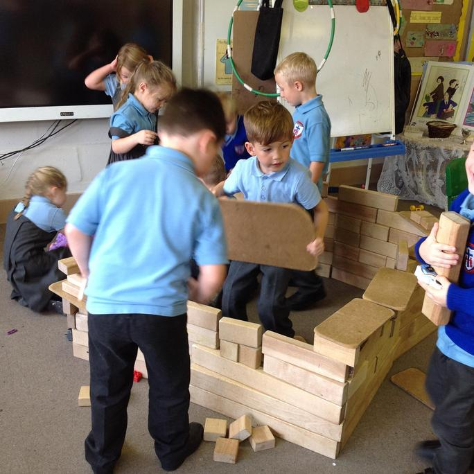 Building a house for Bagpuss! (Rainbow challenge)