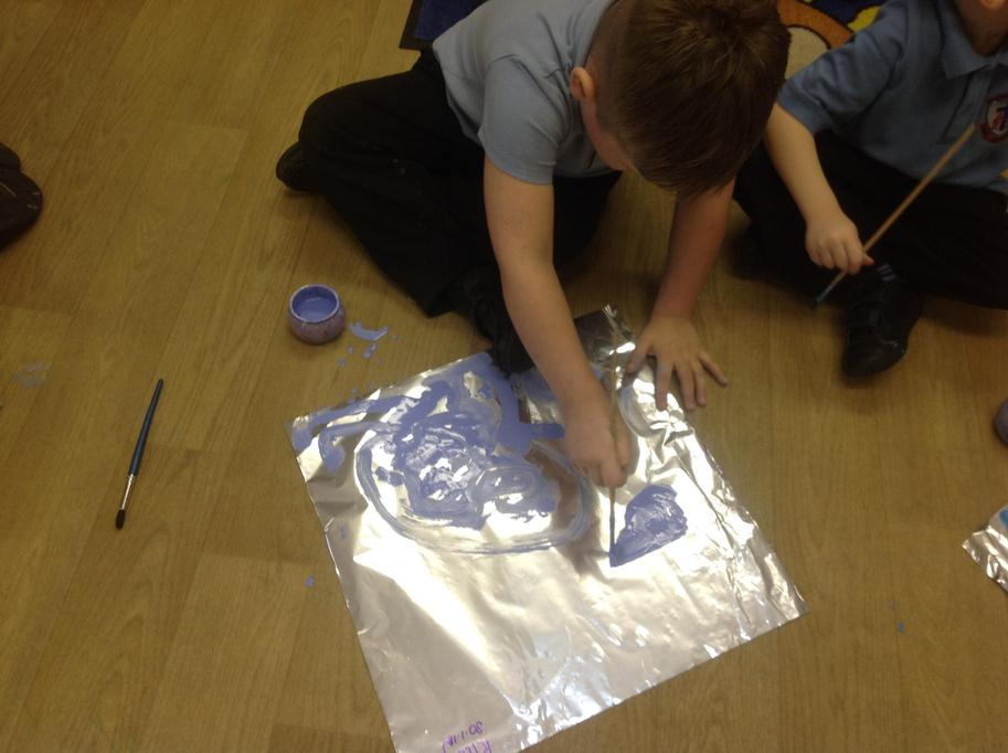 We created our own winter pictures on tinfoil