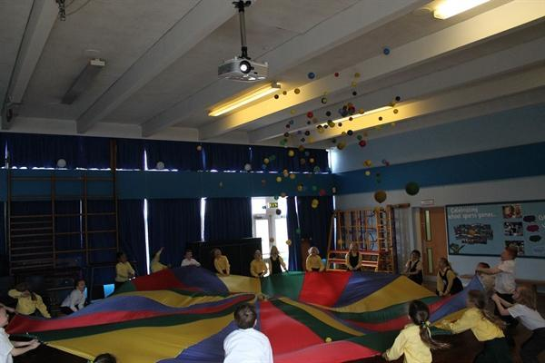 PE with the parachute