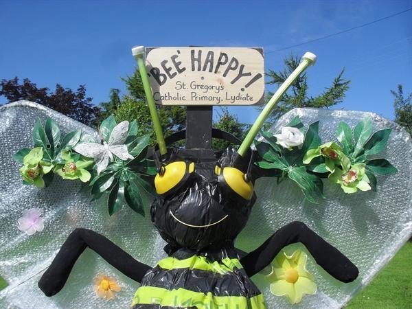 'Bee Happy' Scarecrow!