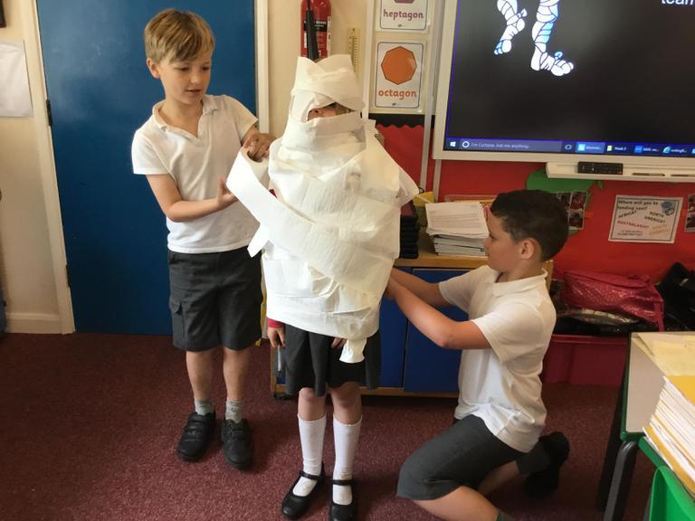 Expert mummifiers!