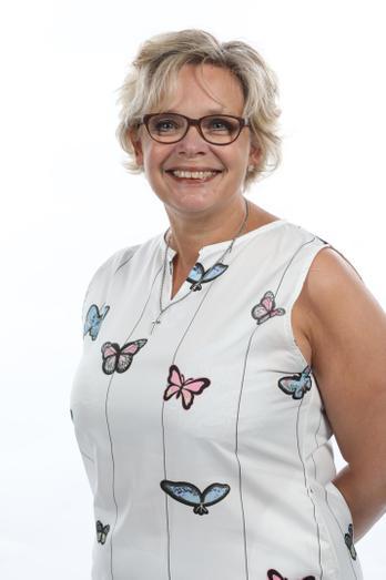 Mrs B. Fellows - Deputy Designated Lead