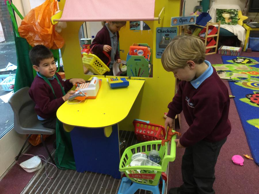 More supermarket role play fun!