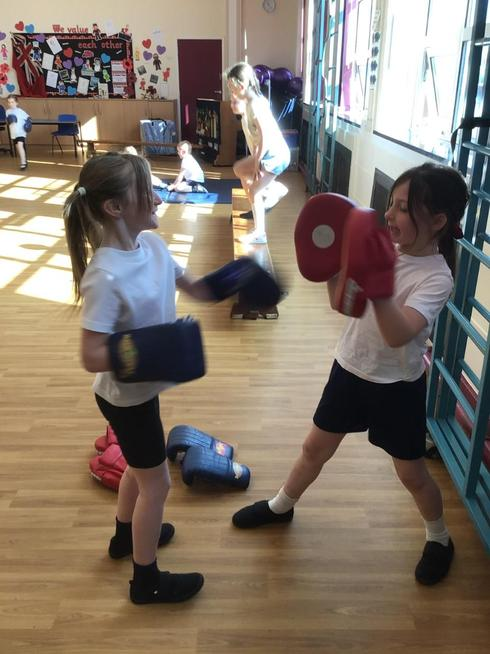 We has a Box2BeFit session with a coach.