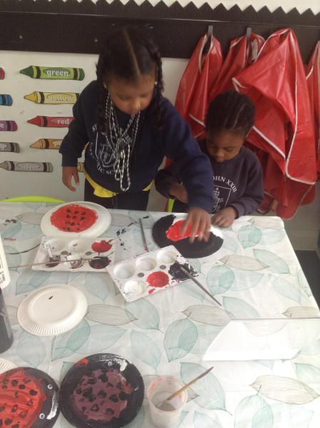 The children chose how they wanted to make their own ladybirds using paints and plates.