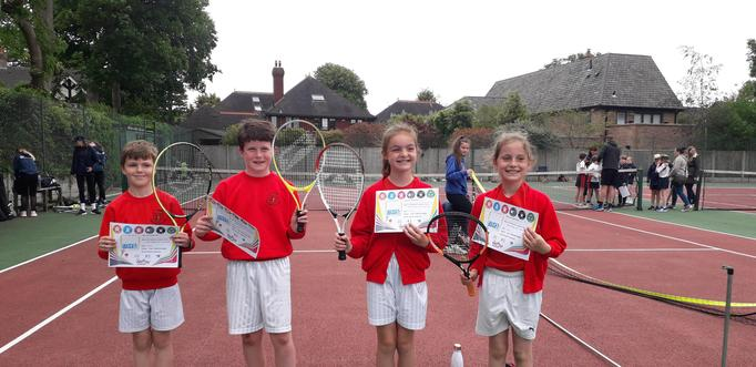 Congratulations to our Year 4 Mini Tennis team who came second in the competition! 13/6/21