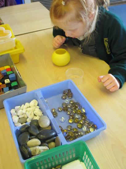 Counting and capacity work using space gems