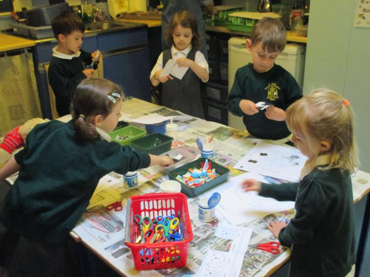 Choosing how our bear is feeling & adding collage