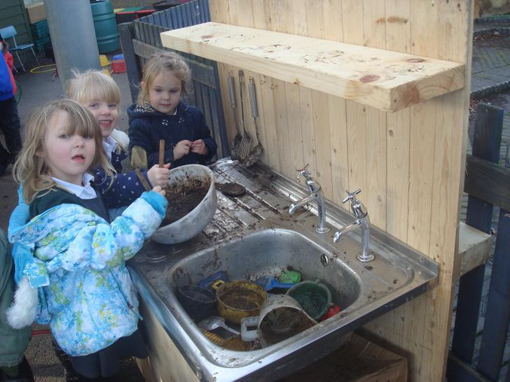 Mud Kitchen.