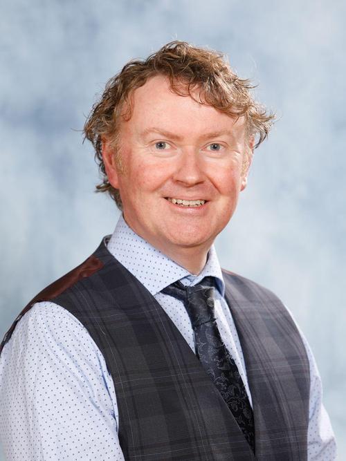 Mr Dan Turvey