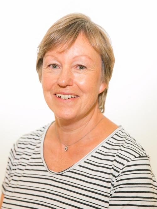 Mrs Gill Prentis