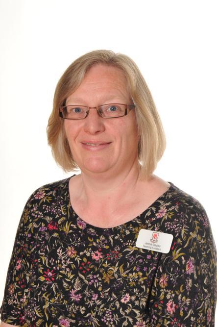 Mrs Jennie Davies