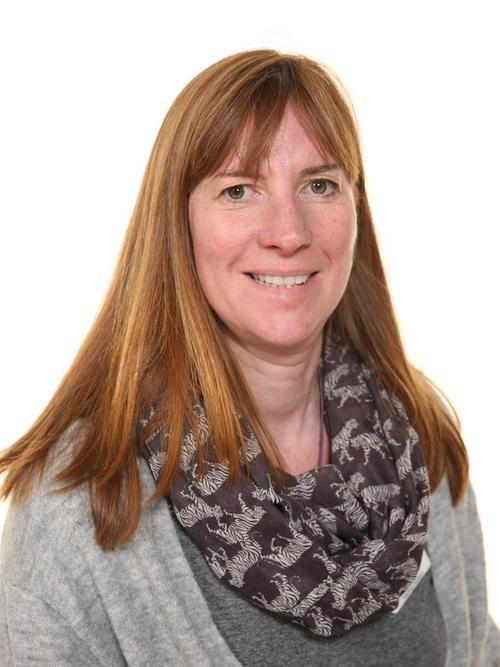 Mrs Amanda Peek
