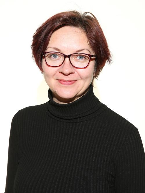 Ms Ewelina Kuczera