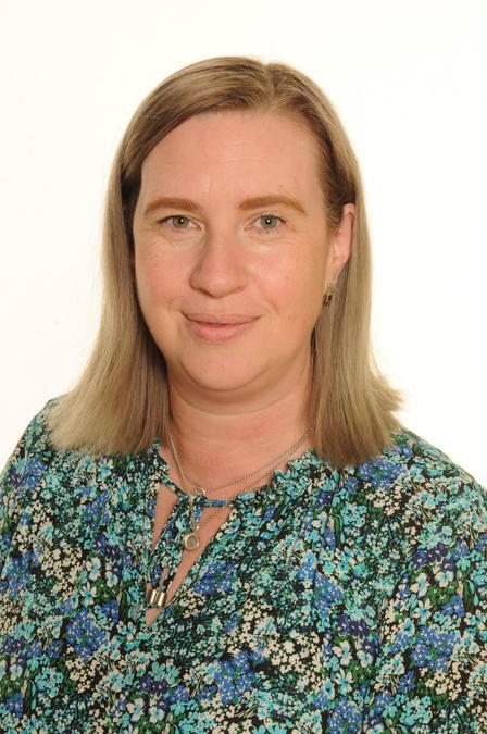 Mrs E Spencer-Elkington