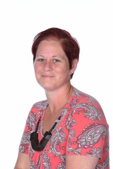 Office Staff: Miss K.Hickey