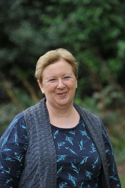 Lyn Bowen - Staff Governor