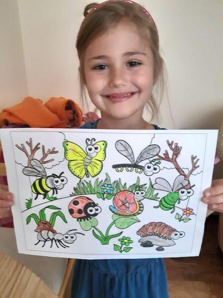 What a beautiful colouring Hannah!