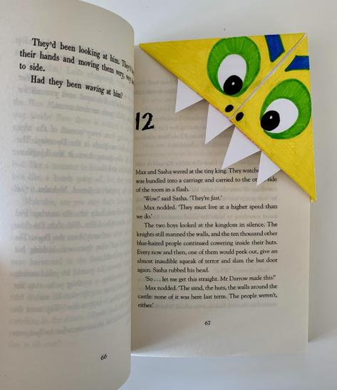 Origami Bookmark to decorate as you wish :)
