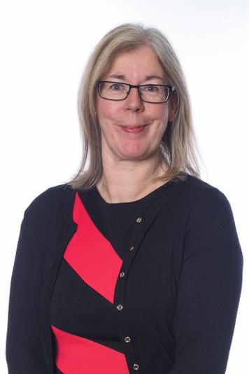 Mrs Russell, Teaching Assistant & Breakfast Club