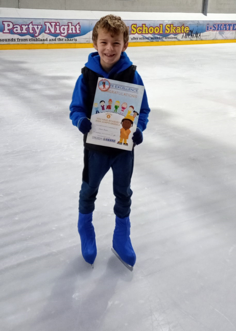 Adam Roach(Year 2) has achieved level 6 in ice skating. Well done!