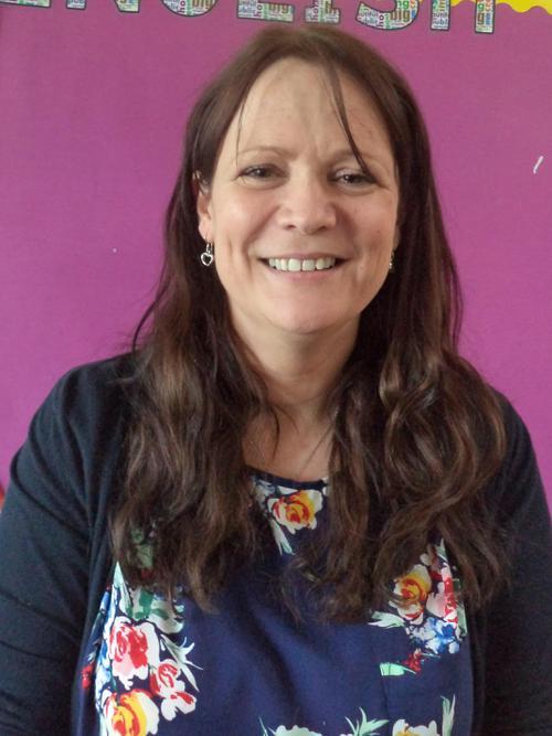 Mrs  Bonnett - Yr5 Teacher - CEDAR
