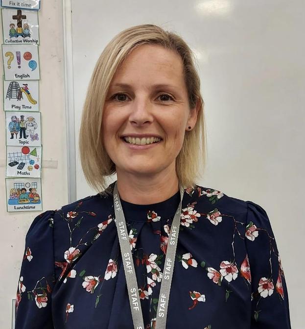 Mrs Lowe - Teacher,  Science & Computing Leader