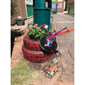 Clumber Class made a super sculpture to plant in