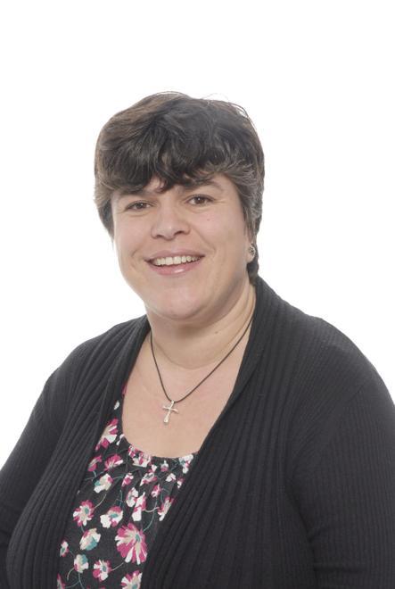Mrs D'Auvin - HLTA