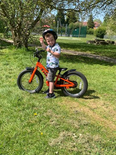 I've learnt to ride my bike without stabilisers!