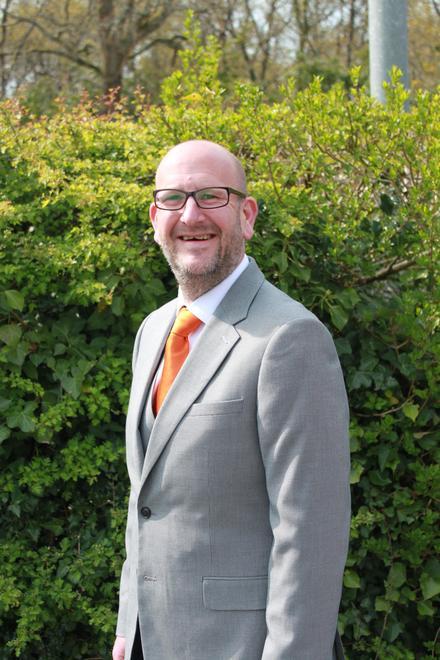 Mr Hall (Class Teacher / Assistant Headteacher)