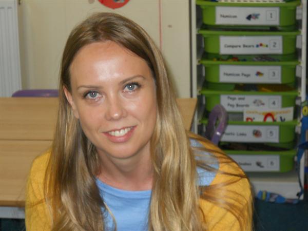 Miss C Cuthbert TA