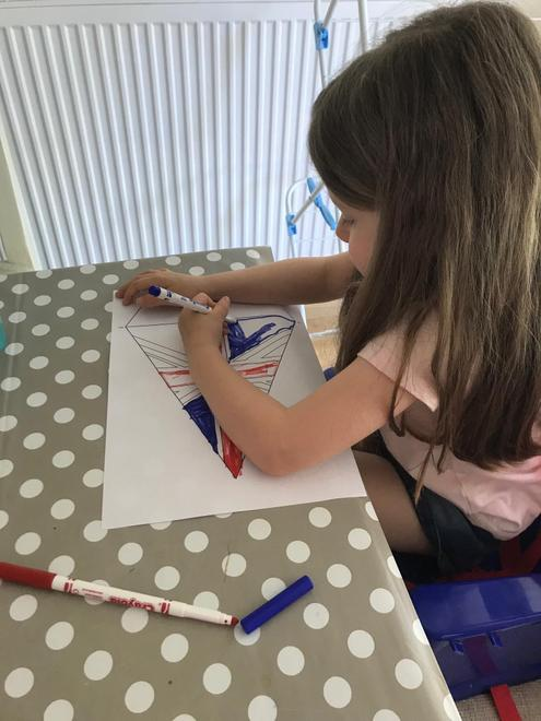 Colouring bunting