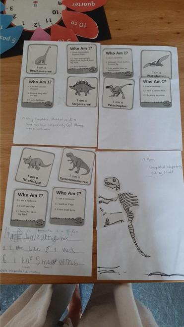Reading and matching dinosaur clues