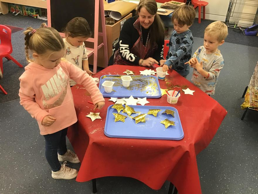 Hummingbirds class busy completing their Christmas art