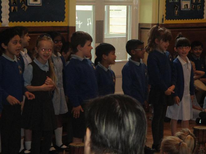 KS1 Choir.