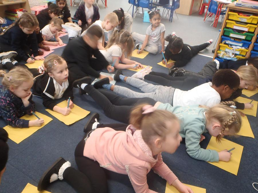 We enjoyed drawing Daffodils following a tutorial too!