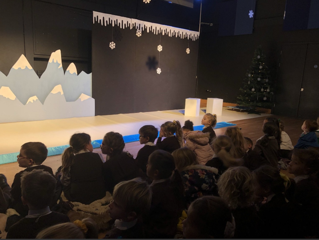 Infant visit to watch 'The Snow Bear' play